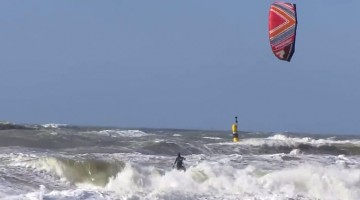 Illustratie: screencap uit de video Kite Surfer Hook of Holland van Uwe Koch.